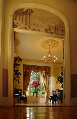 Interior_Hall